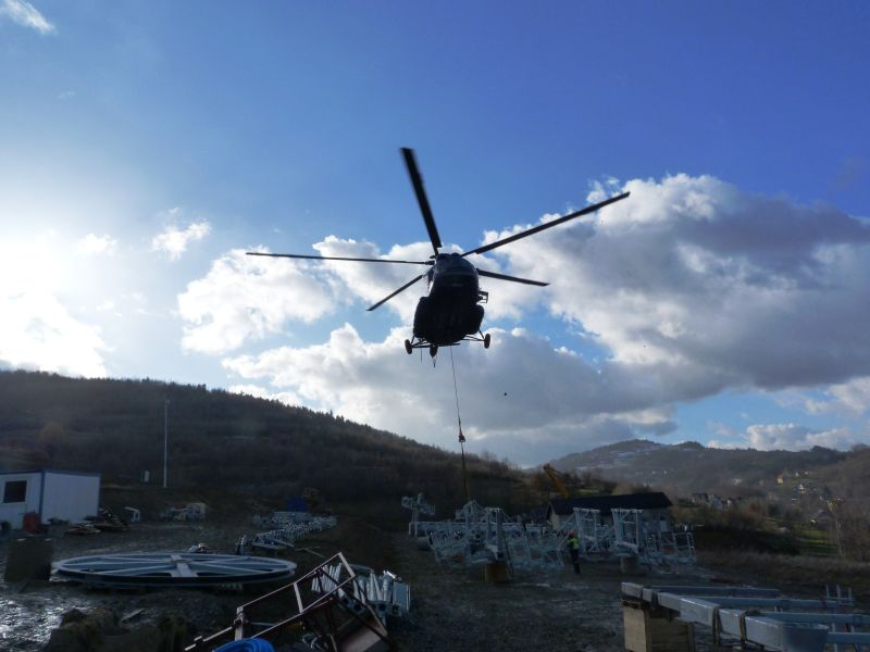 20131202helikopterwharbutowicach005.jpg
